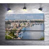 Обзорный вид на Киев и реку Днепр, Украина