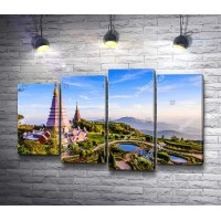Пагоды среди красивого ландшафта, Таиланд