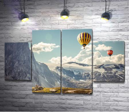 Воздушные шары над горами Исландии