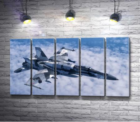 Истребитель-бомбардировщик Хорнет