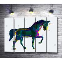 Лошадь из цветных полигонов