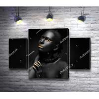 Темнокожая девушка с золотыми губами