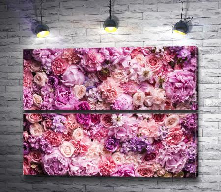 Ковер из розовых и сиреневых бутонов