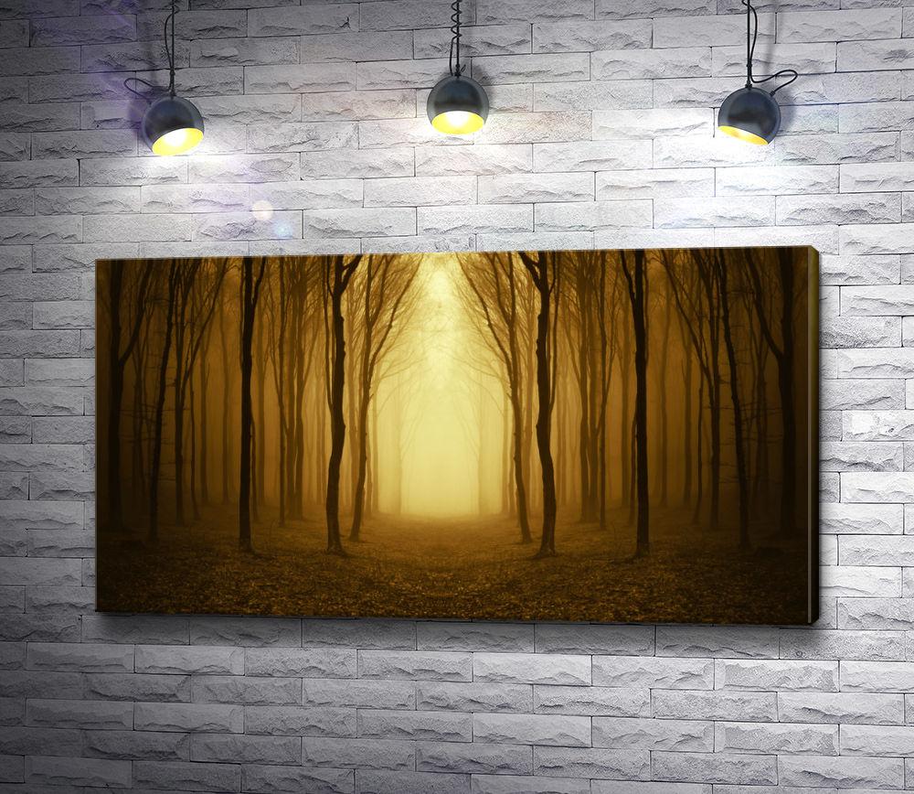 "Картина ""Тропа в осеннем туманном лесу"""