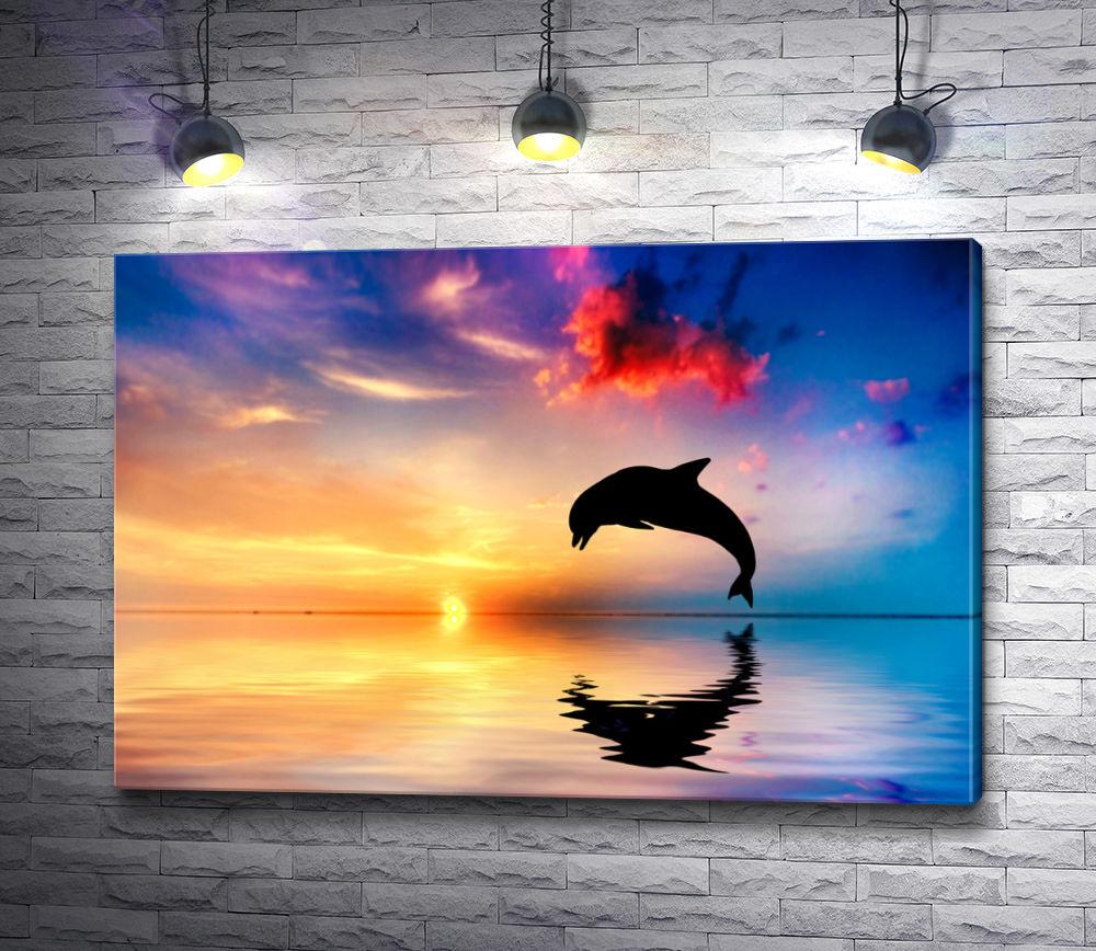 """Картина """"Дельфин над водой на закате"""""""