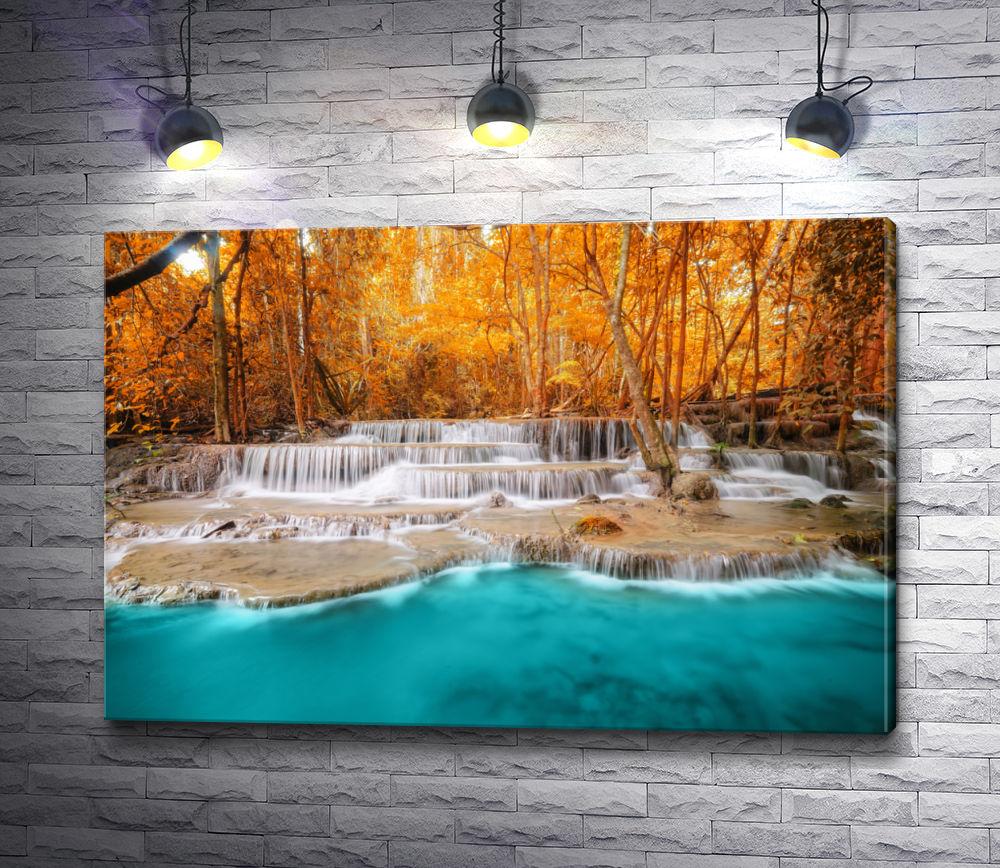 "Картина ""Водопад в осеннем лесу"""