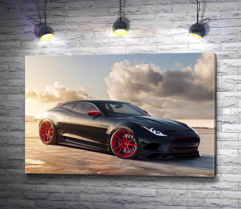 """Картина """"Черный автомобиль Jaguar на фоне облаков"""""""