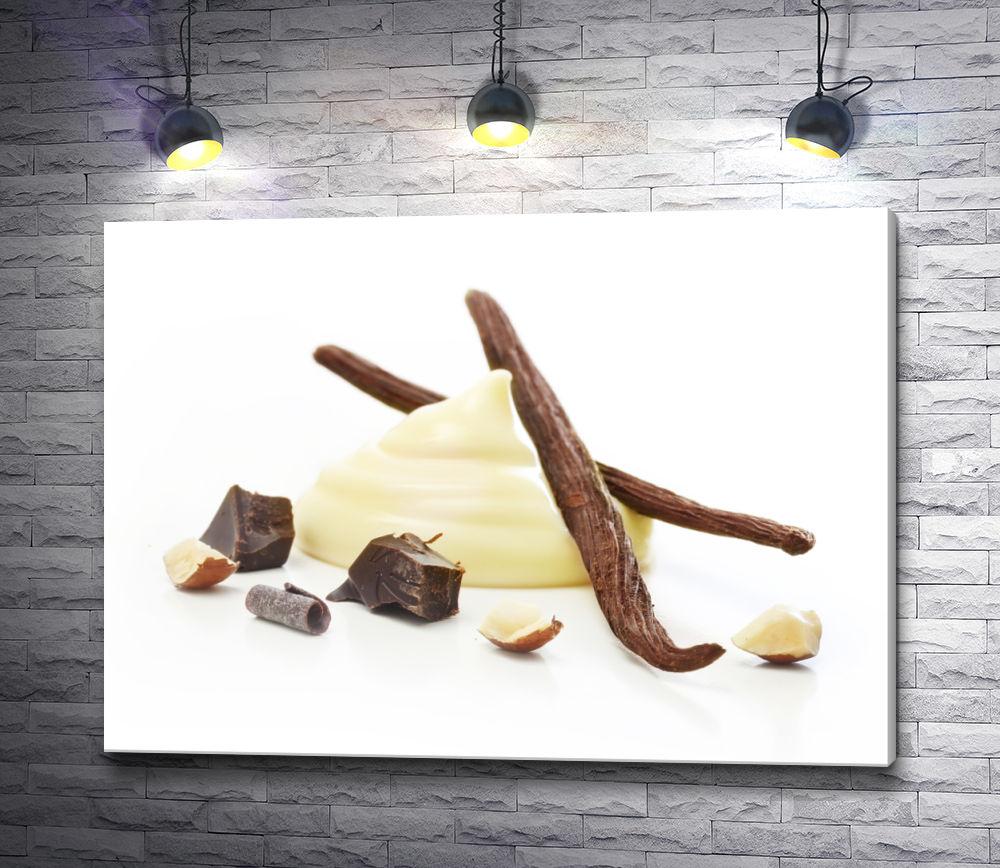 """Картина """"Десертный крем и стручки ванили на белом фоне"""""""
