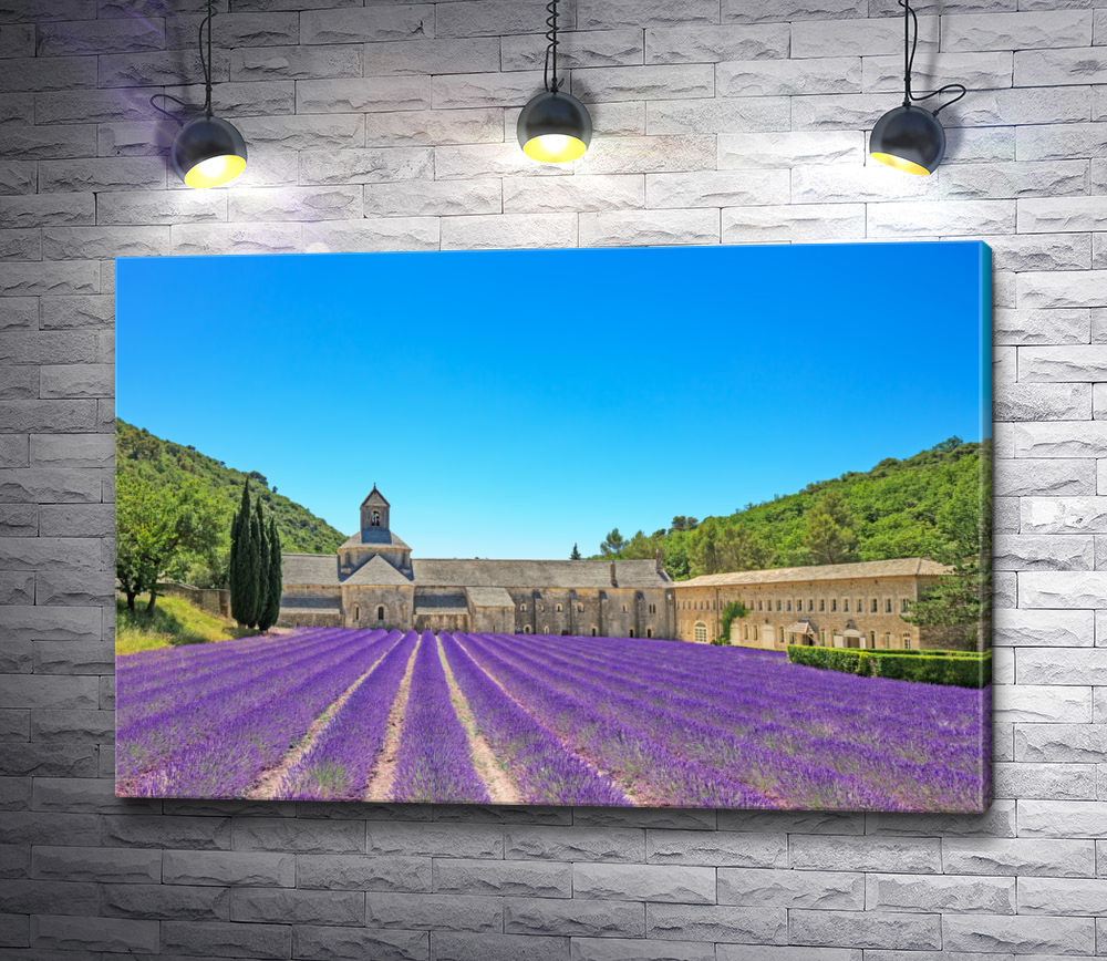 """Картина """"Лавандовое поле и старая церковь в Провансе"""""""