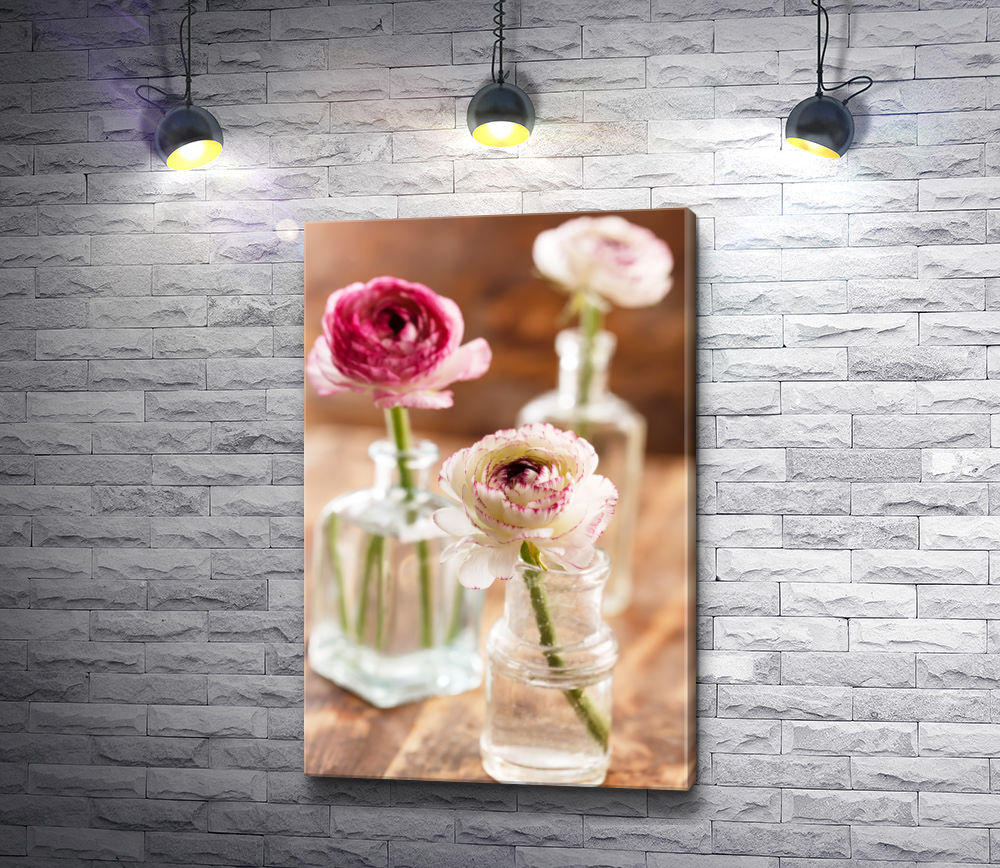 """Картина """"Натюрморт с пионами в стеклянных вазах"""""""