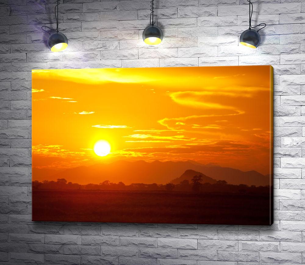 """Картина """"Пейзаж с оранжевым закатом"""""""