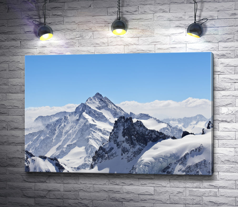 """Картина """"Заснеженная шапка горы"""""""