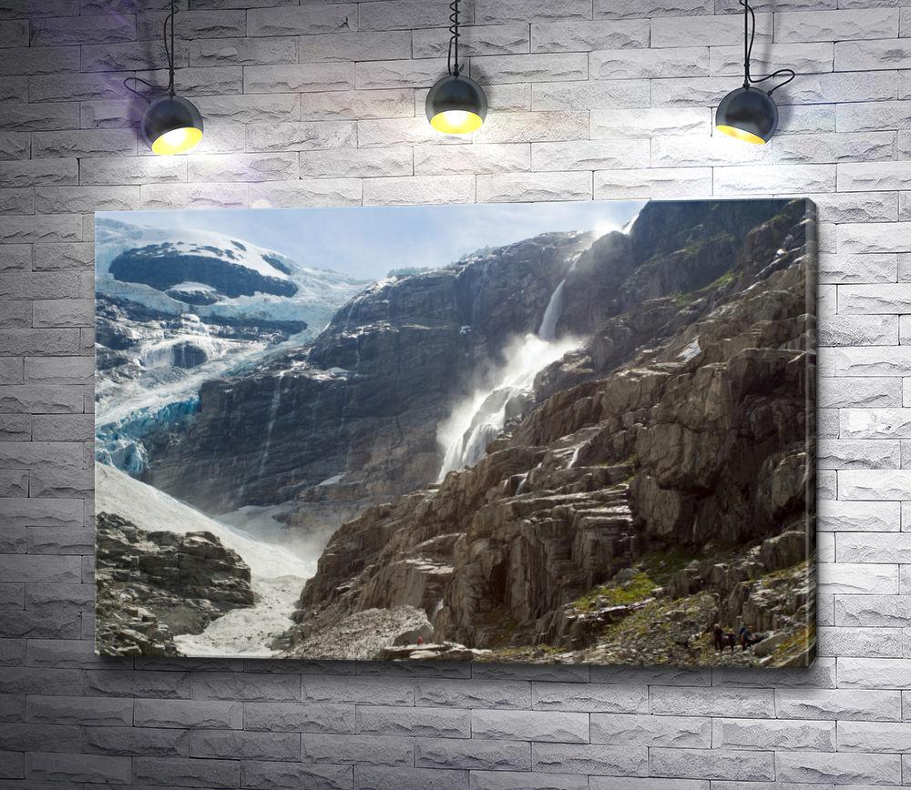 "Картина ""Ледник Кённдален в Норвегии"""