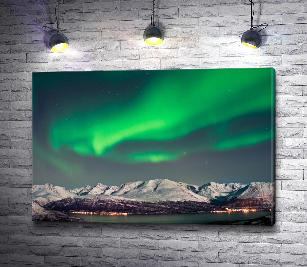 """Картина """"Северное сияние над зимней Норвегией"""""""