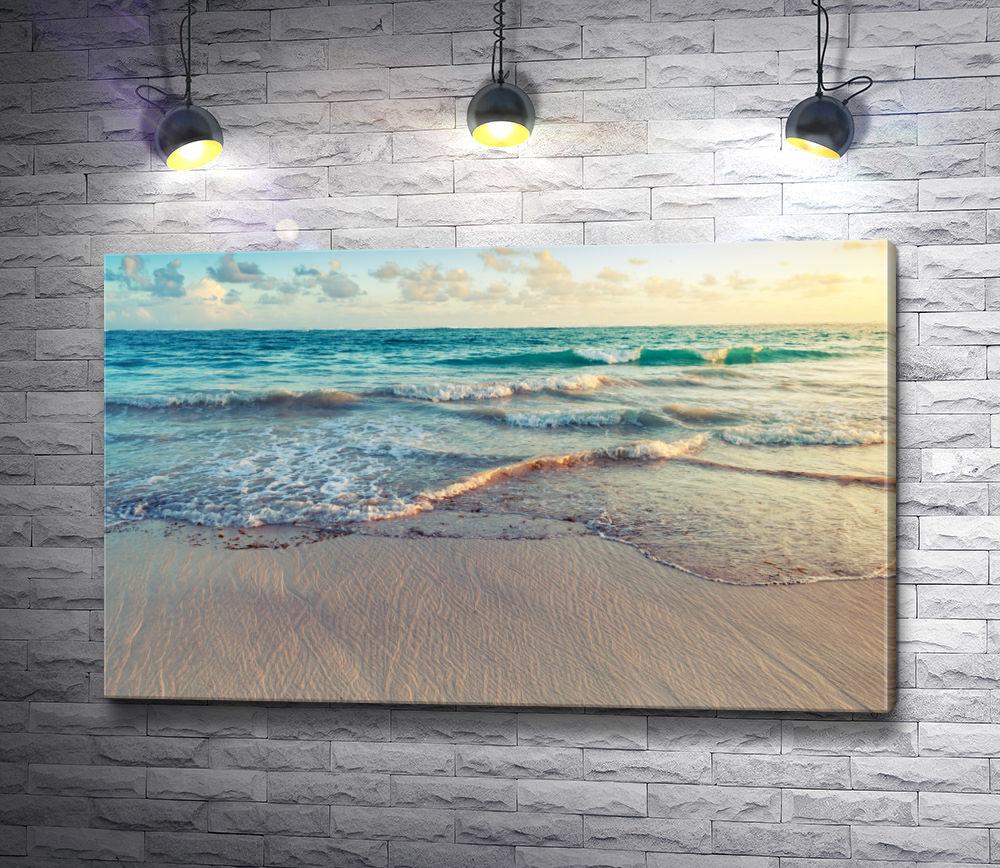 """Картина """"Мягкие волны на песчаном пляже"""""""