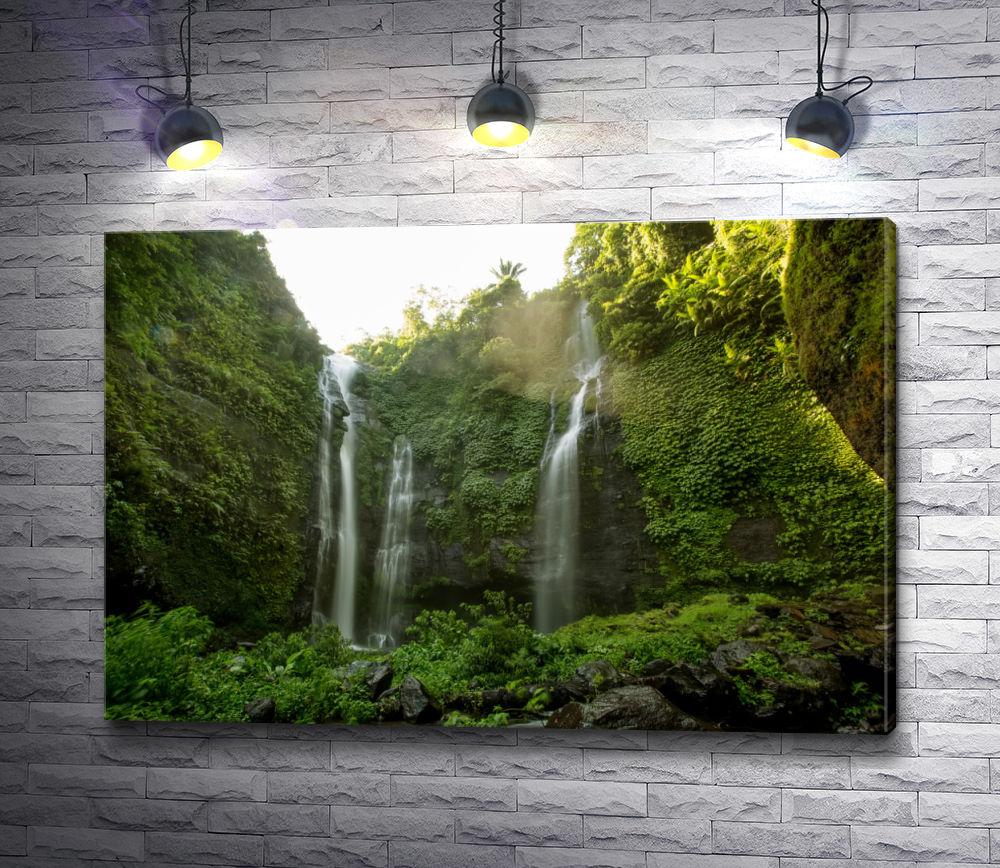 """Картина """"Самый красивый водопад Индонезии - Секумпул"""""""