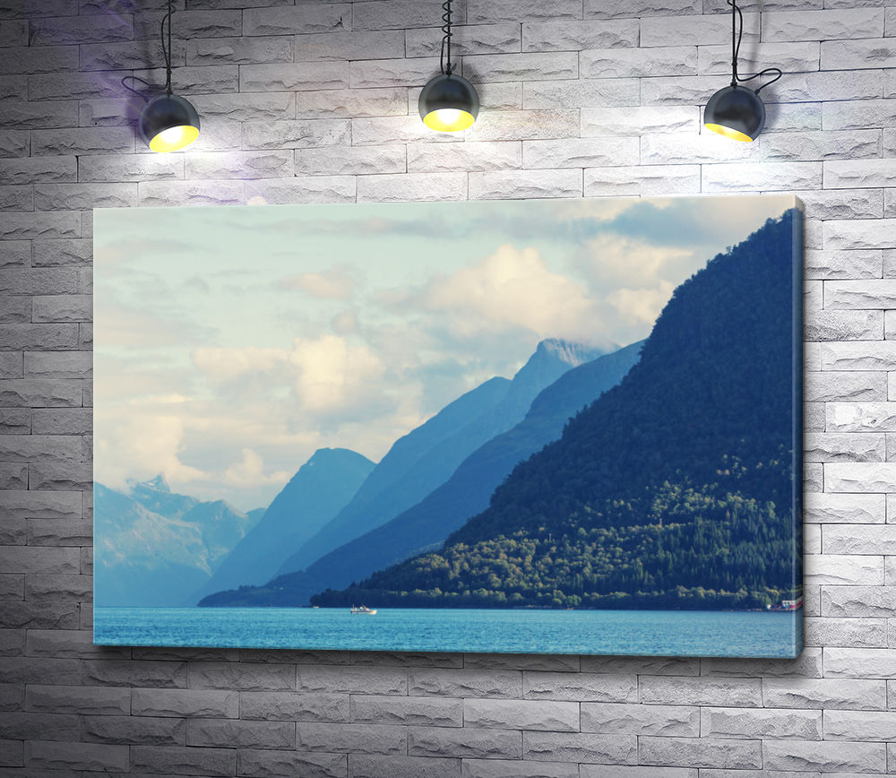 """Картина """"Горный пейзаж в голубых тонах"""""""