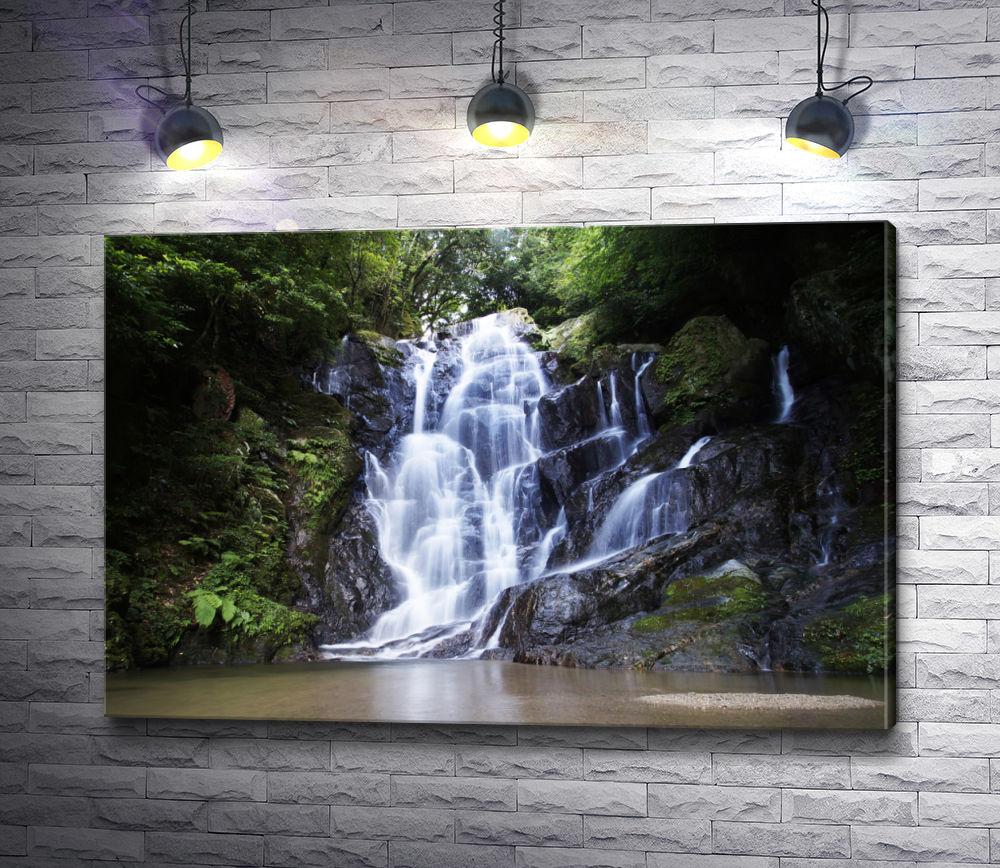 """Картина """"Каскадный водопад в лесу"""""""