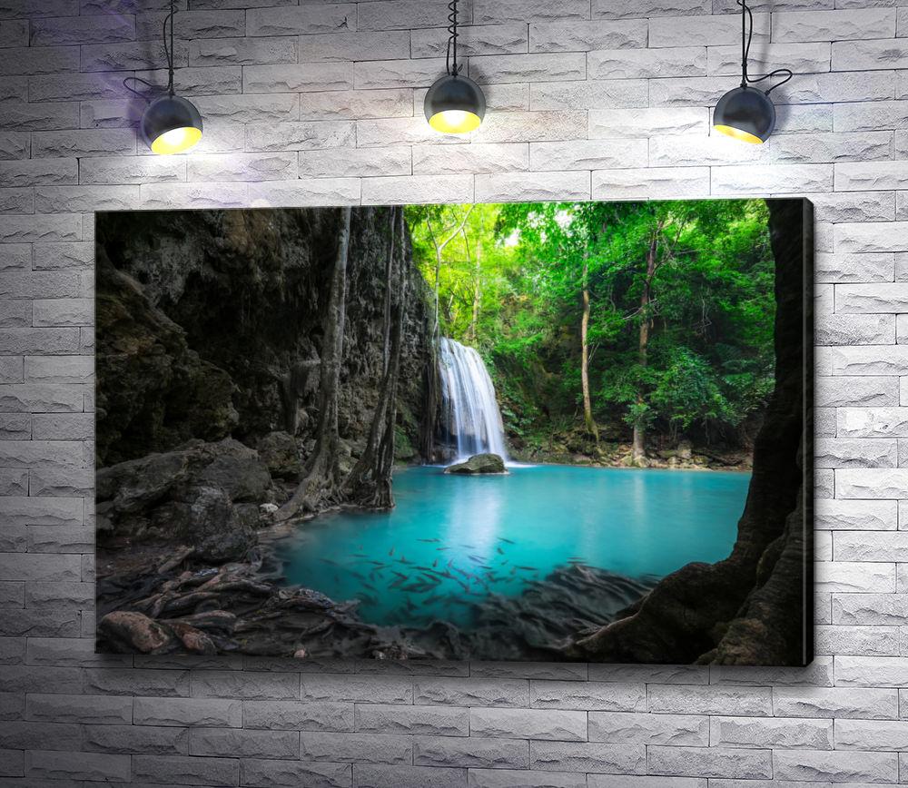 """Картина """"Красивый водопад в джунглях"""""""
