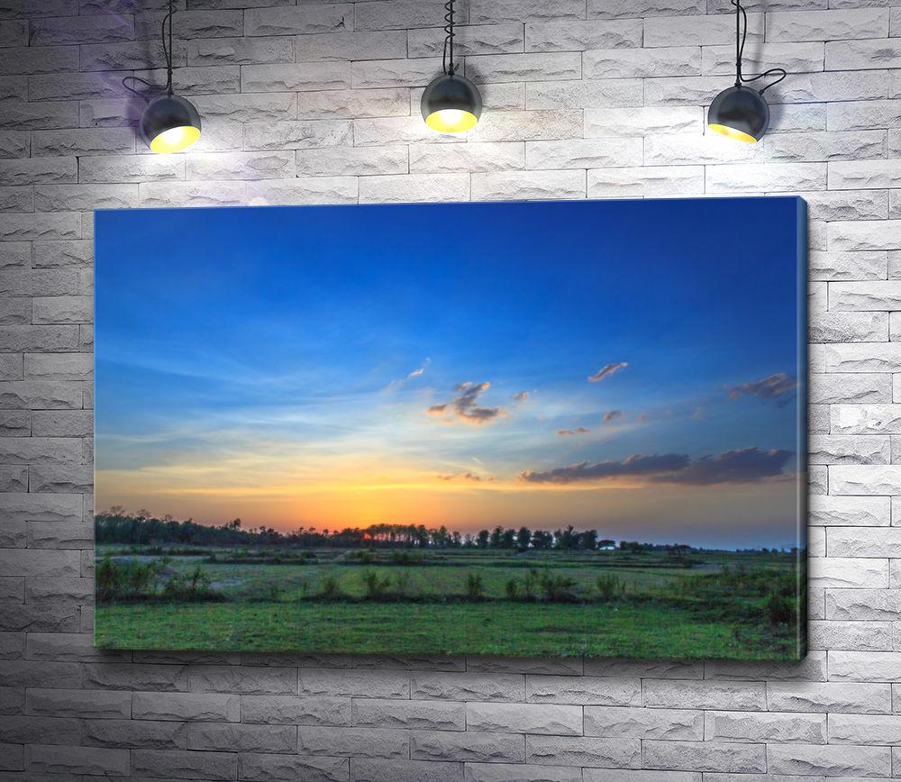 """Картина """"Восход над зеленой долиной"""""""