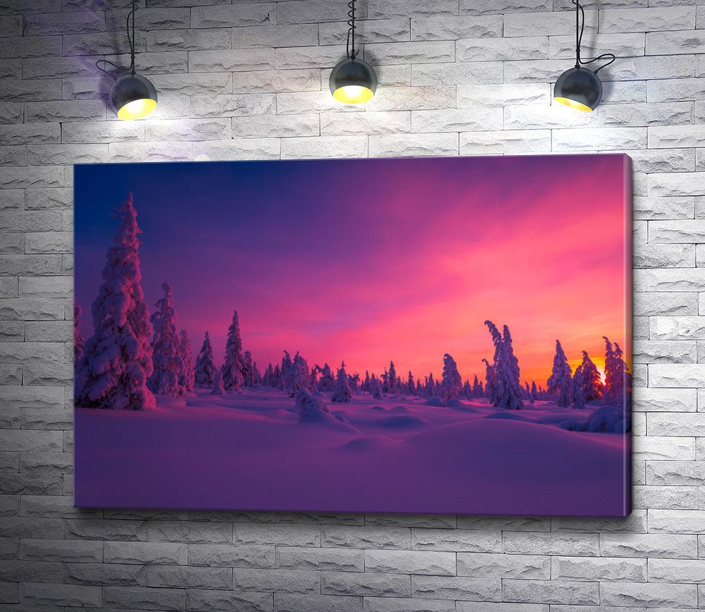 """Картина """"Сиреневый закат в снежном хвойном лесу"""""""