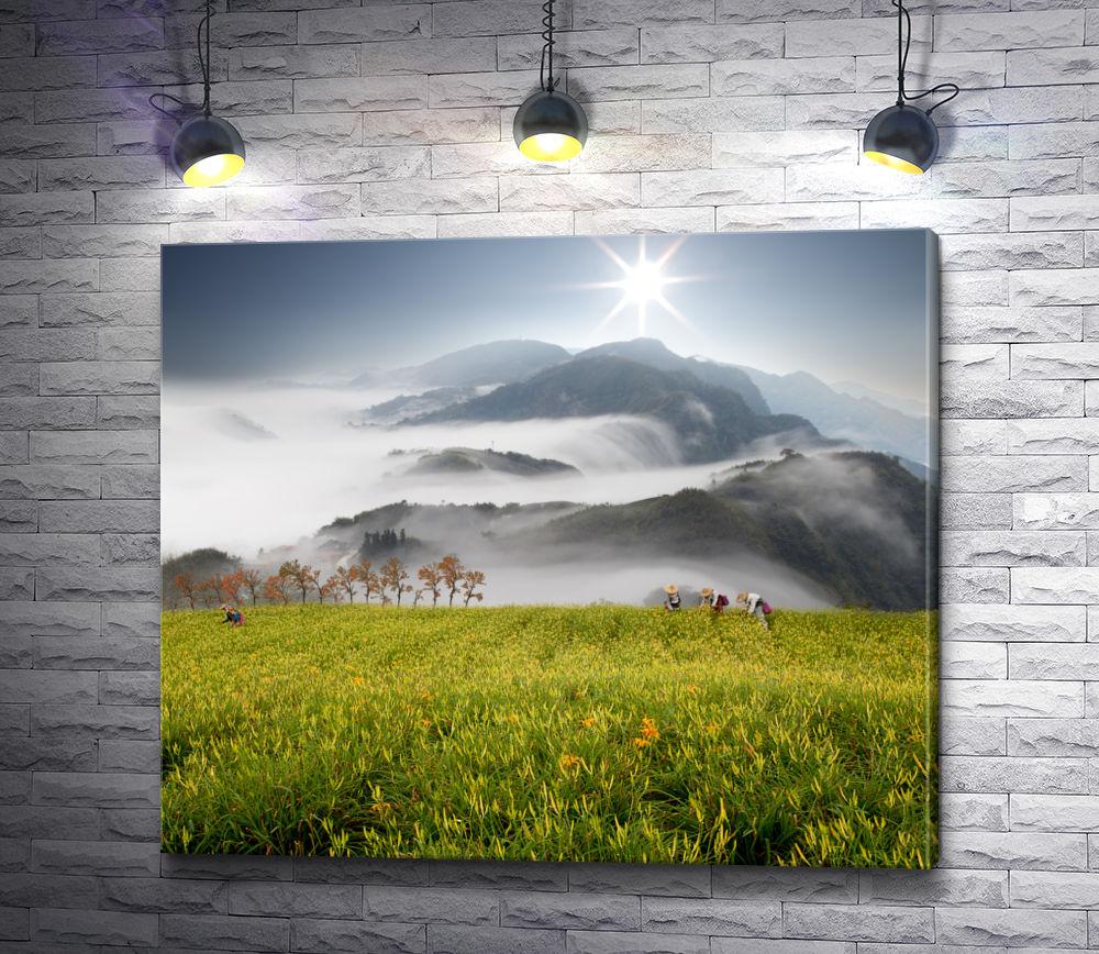"""Картина """"Рабочие на горной плантации """""""