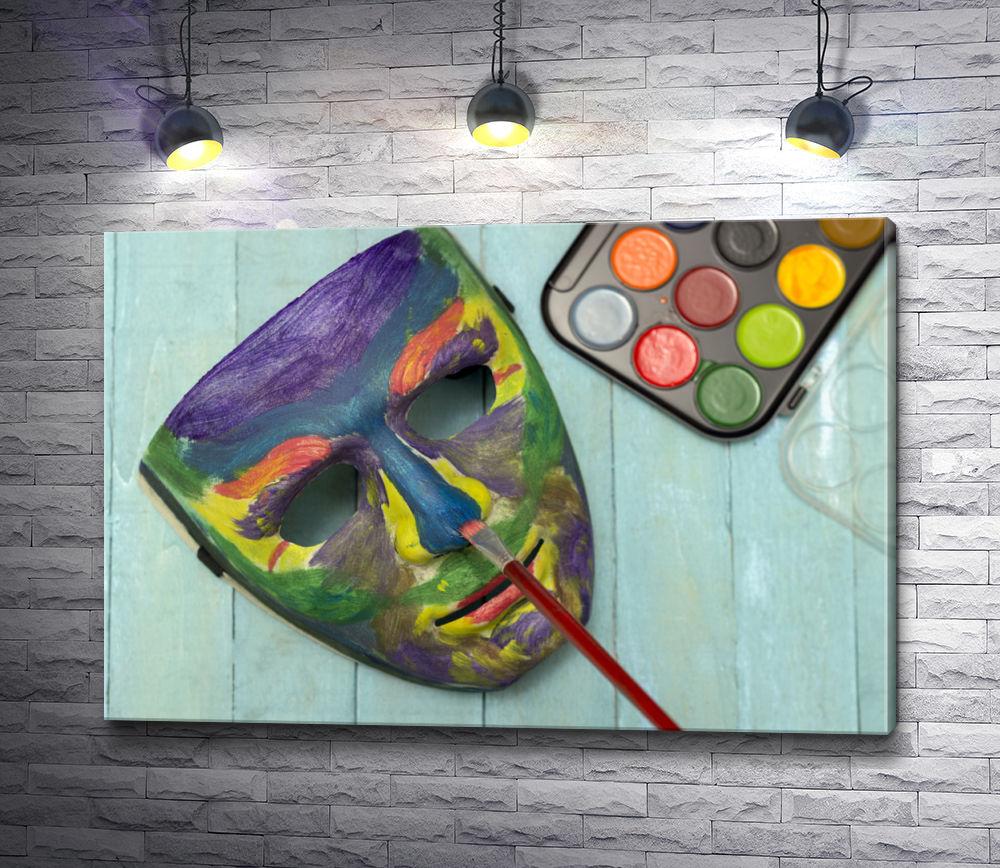 """Картина """"Маска,  раскрашенная красками """""""