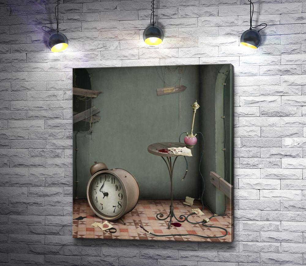 """Картина """"Часы,  столик и кальян в заброшенной комнате """""""