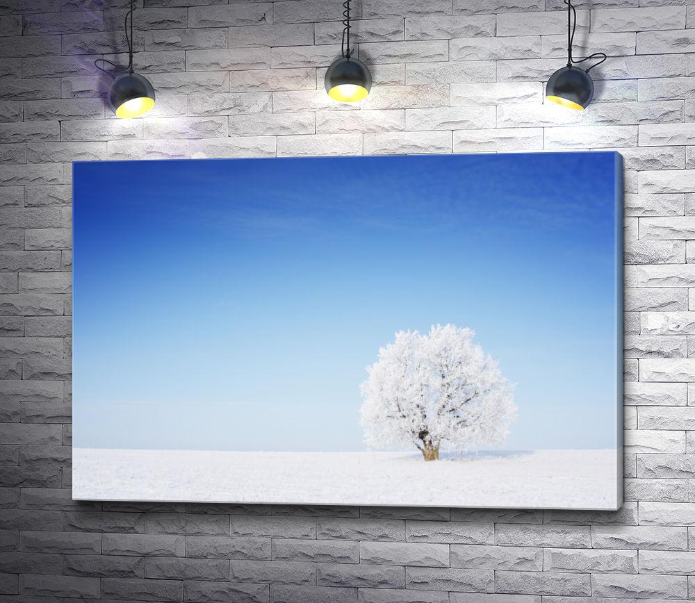 """Картина """"Одинокое дерево в снегу"""""""