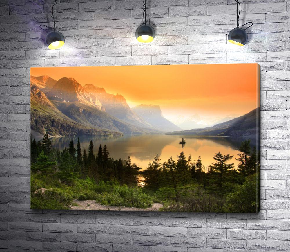 """Картина """"Озеро у подножья гор"""""""