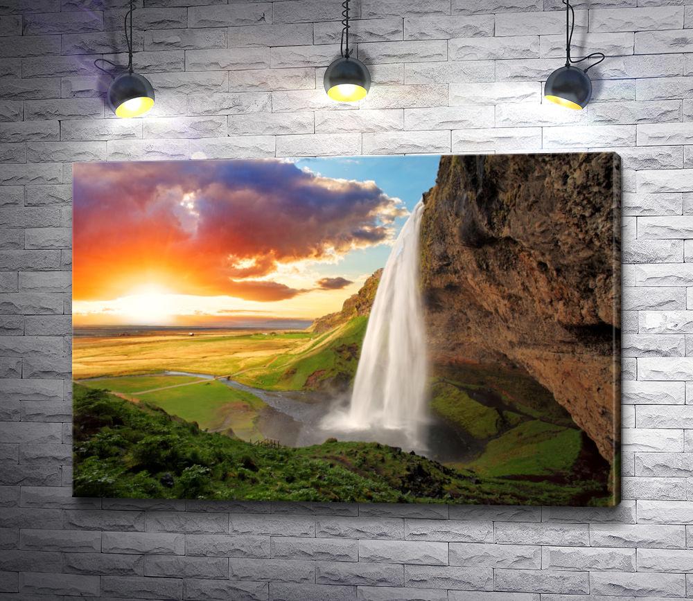 """Картина """"Водопад и чудесная скала"""""""