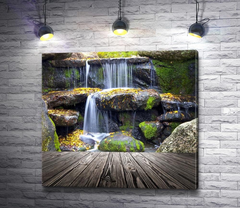 "Картина ""Водопад в осеннем парке"""