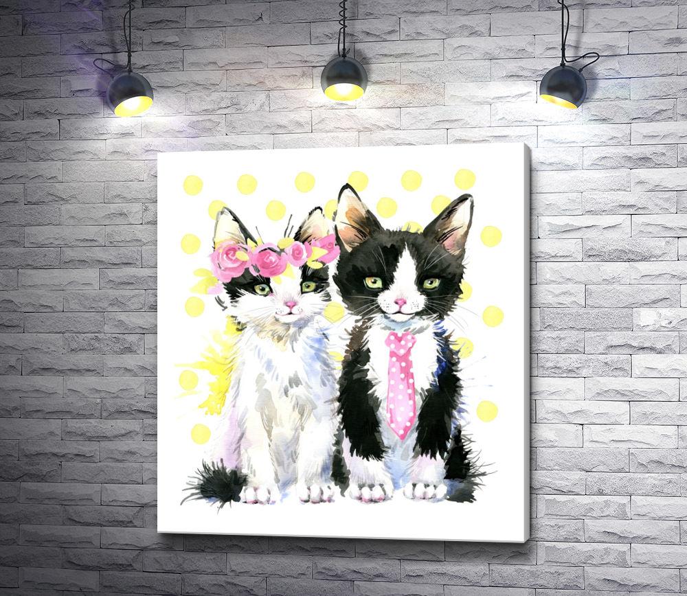 """Картина """"Белая кошка с венком и черный кот с галстуком"""""""