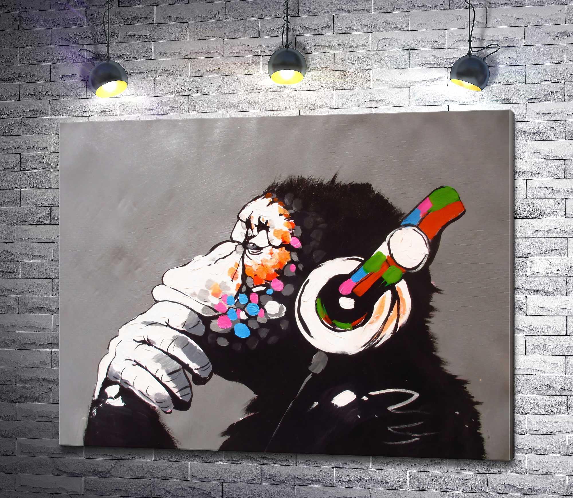 """Картина """"Задумчивая обезьяна в наушниках """""""