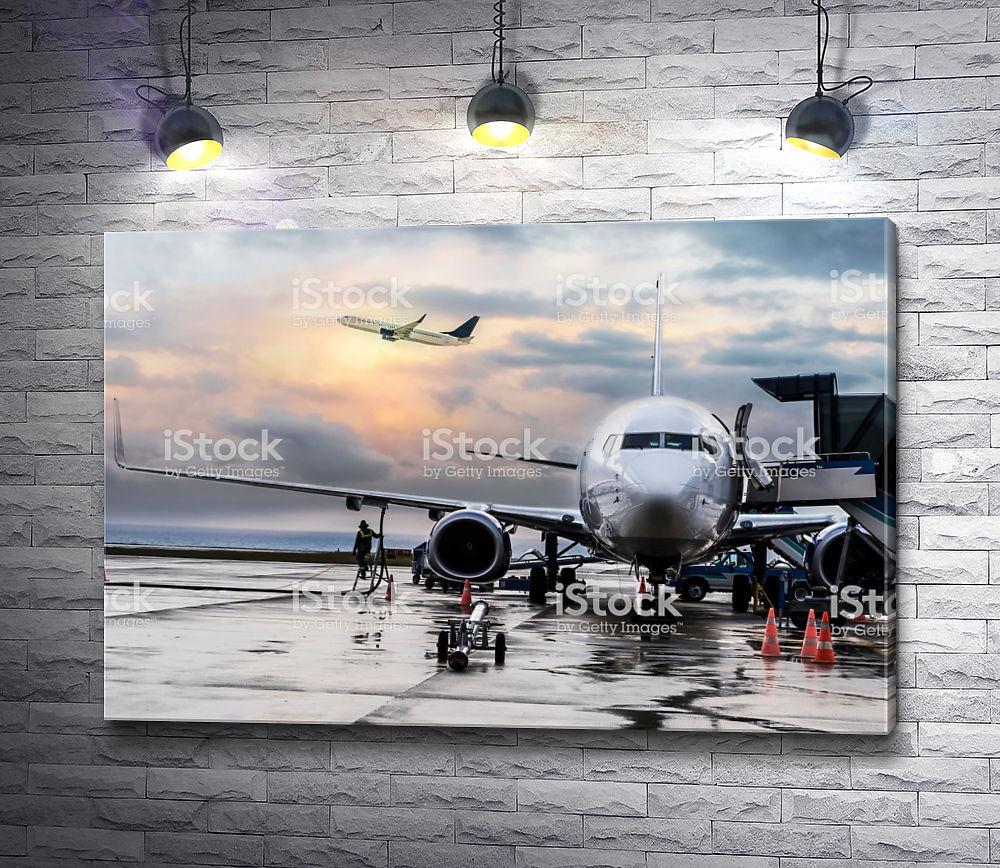 """Картина """"Аэропорт после дождя"""""""