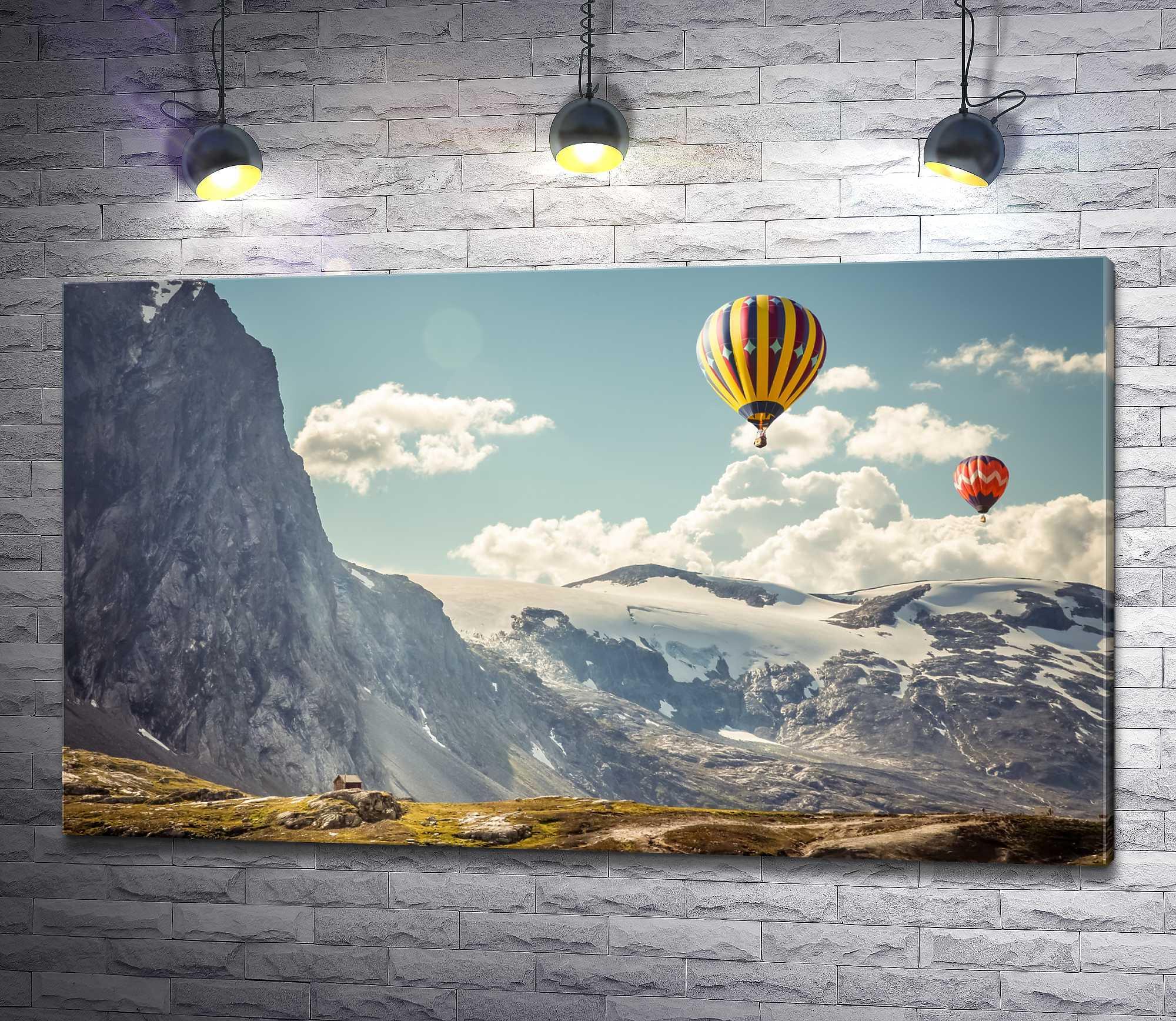 """Картина """"Воздушные шары над горами Исландии """""""